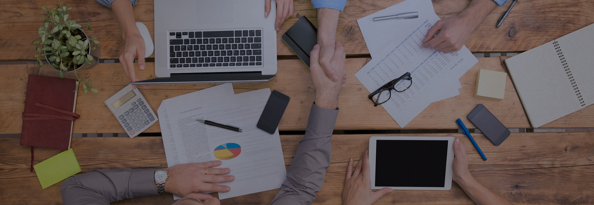 Coperture bespoke per le esigenze dei professionisti e delle piccole  medie imprese